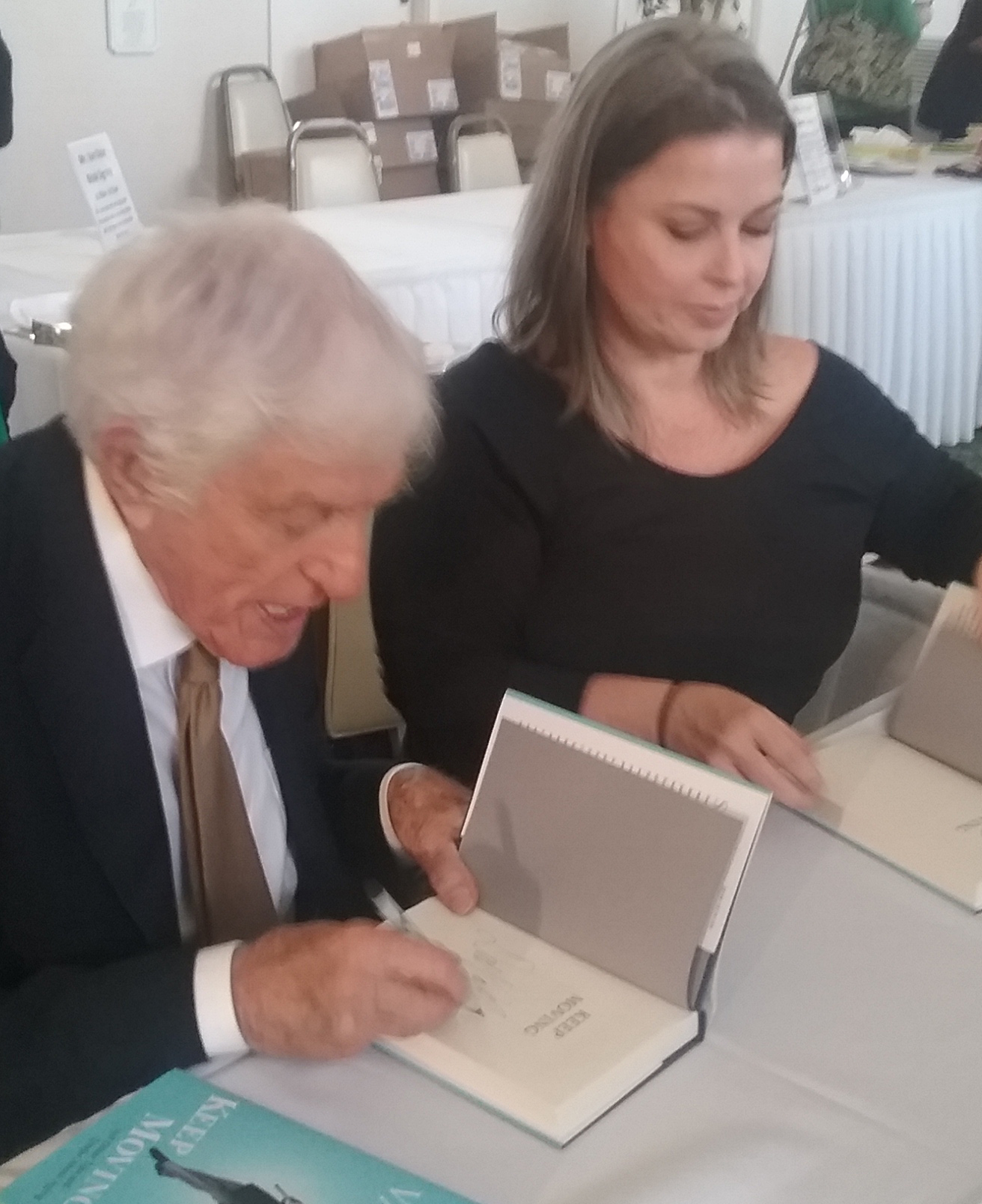 dick-van-dyke-book-signing-web-2